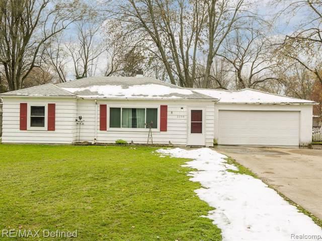 2259 Briggs St, Waterford, MI 48329 (MLS #R219117510) :: Berkshire Hathaway HomeServices Snyder & Company, Realtors®