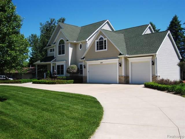 7513 Driftwood Dr, Fenton, MI 48430 (MLS #R219119087) :: Berkshire Hathaway HomeServices Snyder & Company, Realtors®