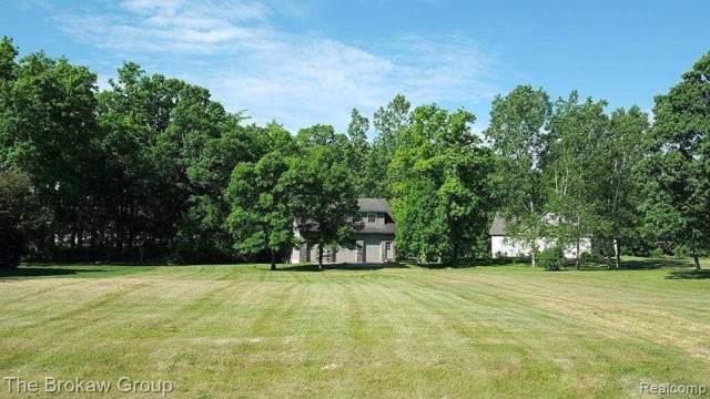 682 Grand Legacy Dr, Lapeer, MI 48446 (MLS #R219121028) :: Berkshire Hathaway HomeServices Snyder & Company, Realtors®