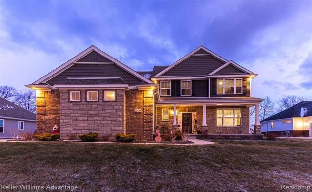 2200 Walnut View Dr, Howell, MI 48855 (MLS #R219122202) :: Berkshire Hathaway HomeServices Snyder & Company, Realtors®