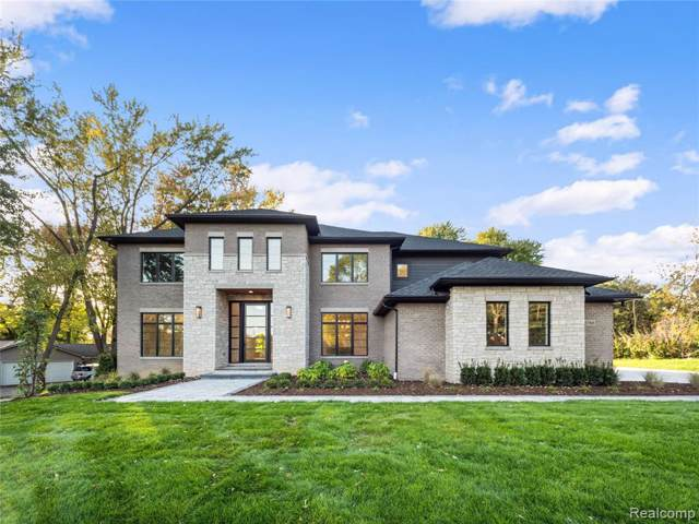 5766 Kenmoor Rd, Bloomfield Hills, MI 48301 (MLS #R219122351) :: Berkshire Hathaway HomeServices Snyder & Company, Realtors®