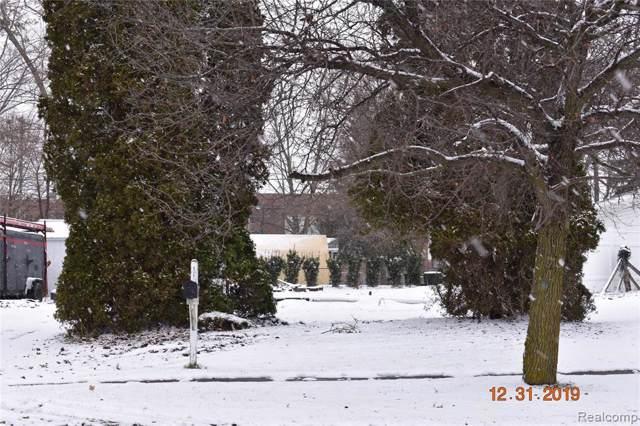 626 Lincoln Avenue, Owosso, MI 48867 (MLS #R219125339) :: Berkshire Hathaway HomeServices Snyder & Company, Realtors®