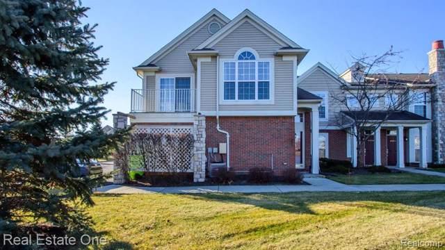 28209 Oakmonte Cir E, New Hudson, MI 48165 (MLS #R2200001606) :: Berkshire Hathaway HomeServices Snyder & Company, Realtors®