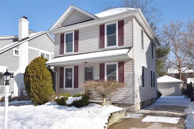 1007 Chester St, Birmingham, MI 48009 (MLS #R2200003363) :: Berkshire Hathaway HomeServices Snyder & Company, Realtors®