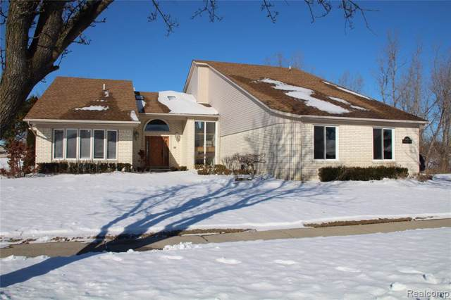 51486 Sandshores Dr, Shelby, MI 48316 (MLS #R2200003783) :: Berkshire Hathaway HomeServices Snyder & Company, Realtors®