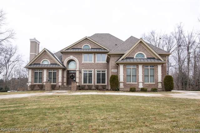 23754 Point O Woods Crt, South Lyon, MI 48178 (MLS #R2200004223) :: Berkshire Hathaway HomeServices Snyder & Company, Realtors®