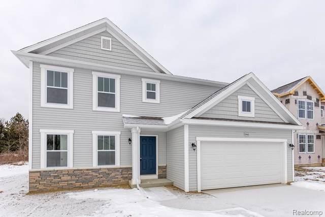2758 Treymore St, Lapeer, MI 48446 (MLS #R2200004628) :: Berkshire Hathaway HomeServices Snyder & Company, Realtors®