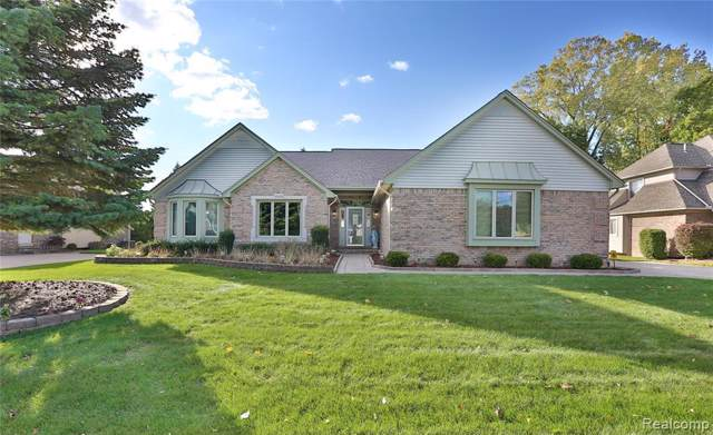 43439 Rhineland Dr, Sterling Heights, MI 48314 (MLS #R2200004812) :: Berkshire Hathaway HomeServices Snyder & Company, Realtors®