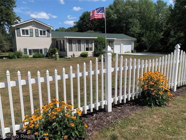 748 N Wilder Rd, Lapeer, MI 48446 (MLS #R2200005699) :: Berkshire Hathaway HomeServices Snyder & Company, Realtors®