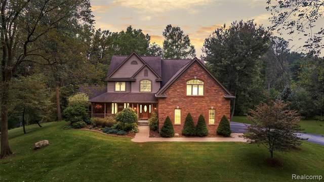 1368 Perry Lake Rd, Ortonville, MI 48462 (MLS #R2200006439) :: Berkshire Hathaway HomeServices Snyder & Company, Realtors®
