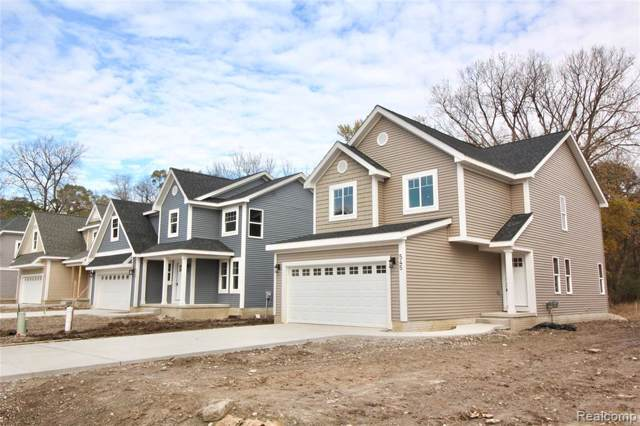 545 S Winding Dr, Waterford, MI 48328 (MLS #R2200006688) :: Berkshire Hathaway HomeServices Snyder & Company, Realtors®