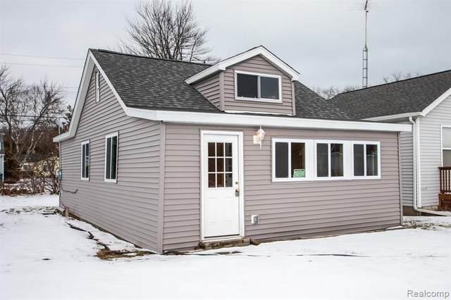 7295 Cedar, Lexington, MI 48450 (MLS #R2200012607) :: Berkshire Hathaway HomeServices Snyder & Company, Realtors®