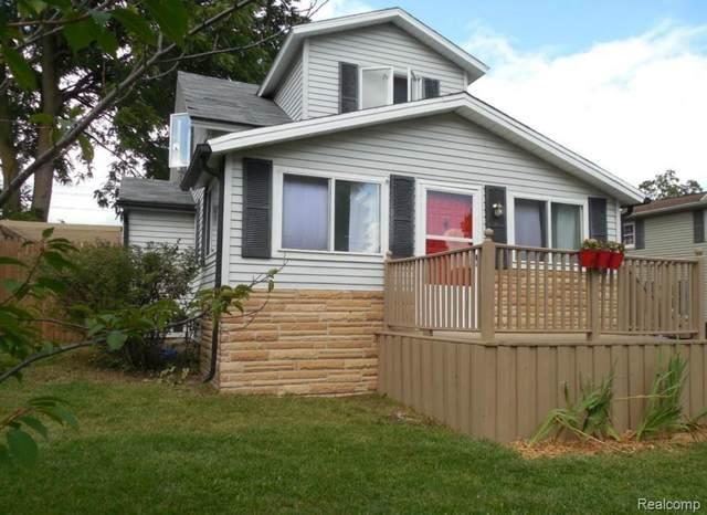 632 Allen St, Caro, MI 48723 (MLS #R2200012743) :: Berkshire Hathaway HomeServices Snyder & Company, Realtors®