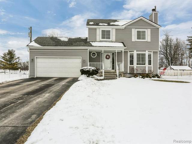 5036 Edgar Rd, Clarkston, MI 48346 (MLS #R2200013094) :: Berkshire Hathaway HomeServices Snyder & Company, Realtors®