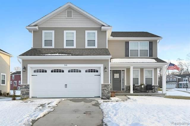 510 Cascade Ave, Fenton, MI 48430 (MLS #R2200013365) :: Berkshire Hathaway HomeServices Snyder & Company, Realtors®