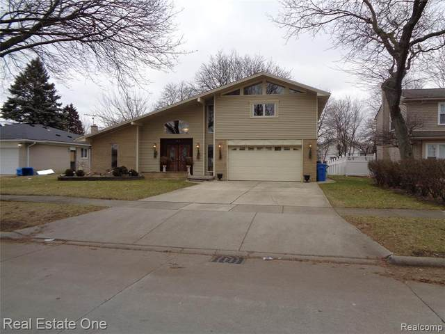 2072 Whitefield St, Dearborn Heights, MI 48127 (MLS #R2200014106) :: Berkshire Hathaway HomeServices Snyder & Company, Realtors®