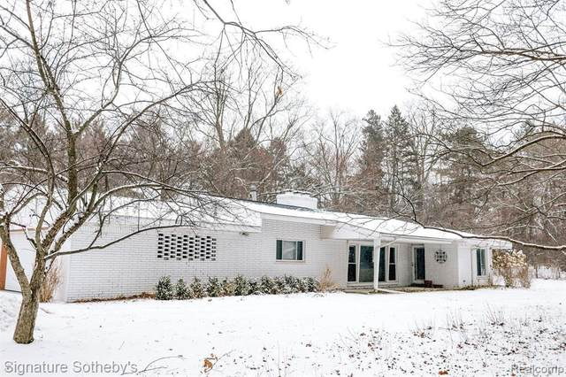 3975 Brookside Dr, Bloomfield Hills, MI 48302 (MLS #R2200014219) :: Berkshire Hathaway HomeServices Snyder & Company, Realtors®