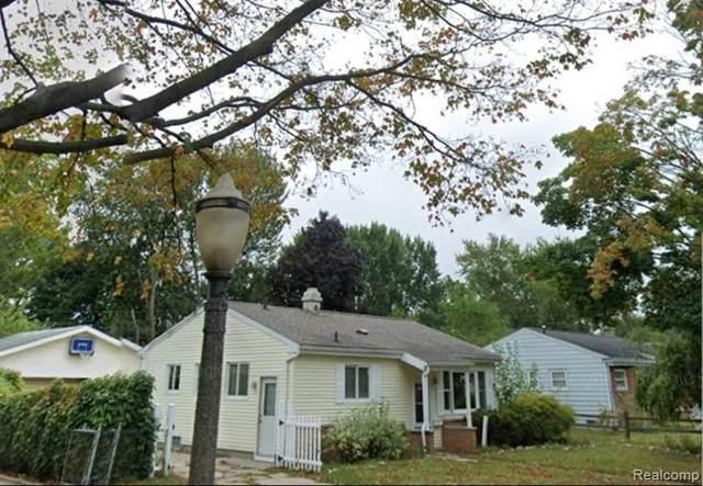 4801 Lyncott, Lansing, MI 48910 (MLS #R2200015096) :: Berkshire Hathaway HomeServices Snyder & Company, Realtors®