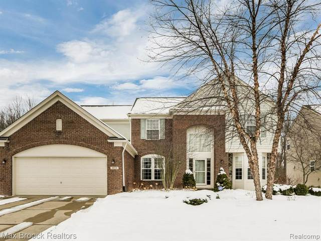 4034 Hidden Trl, Howell, MI 48843 (MLS #R2200015215) :: Berkshire Hathaway HomeServices Snyder & Company, Realtors®