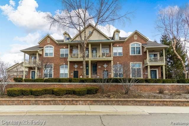 108 E Bay Dr, Walled Lake, MI 48390 (MLS #R2200024849) :: Berkshire Hathaway HomeServices Snyder & Company, Realtors®