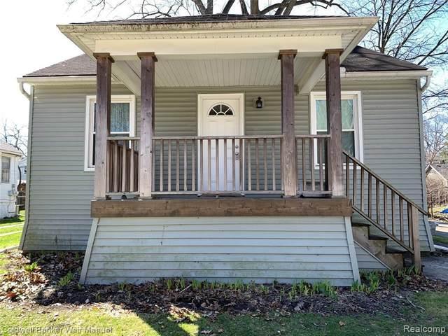 44 Maywood Ave, Pleasant Ridge, MI 48167 (MLS #R2200024879) :: Berkshire Hathaway HomeServices Snyder & Company, Realtors®