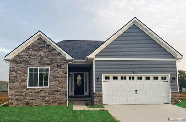 317 Hidden Riv E, Holly, MI 48442 (MLS #R2200025408) :: Berkshire Hathaway HomeServices Snyder & Company, Realtors®