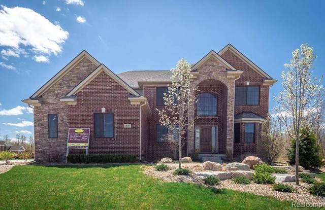 5479 Morgan Lake Dr, Clarkston, MI 48348 (MLS #R2200025414) :: Berkshire Hathaway HomeServices Snyder & Company, Realtors®