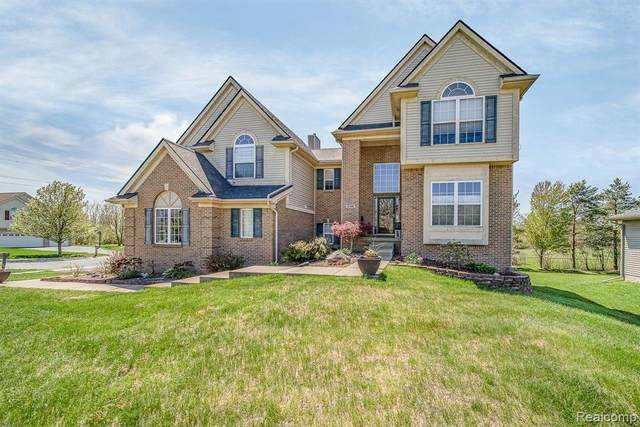 3196 Waldon Ridge Dr, Glr Out Of Area, MI 48359 (MLS #R2200034996) :: Berkshire Hathaway HomeServices Snyder & Company, Realtors®