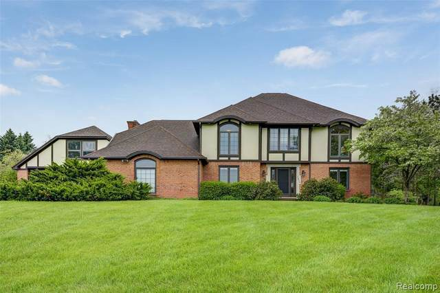 3812 N Michael Rd, Ann Arbor, MI 48103 (MLS #R2200035361) :: Berkshire Hathaway HomeServices Snyder & Company, Realtors®