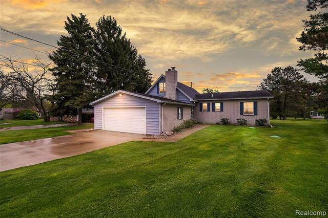 4947 Chippewa Crt, Owosso, MI 48867 (MLS #R2200035703) :: Berkshire Hathaway HomeServices Snyder & Company, Realtors®