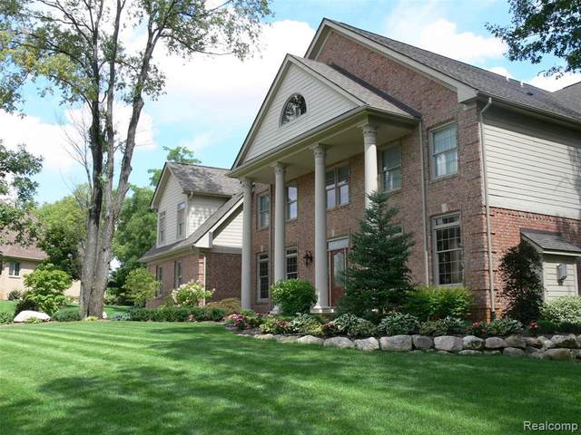1562 Eagle Trl, Oxford, MI 48371 (MLS #R2200035888) :: Berkshire Hathaway HomeServices Snyder & Company, Realtors®