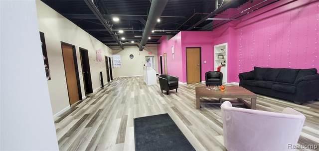 2220 N Telegraph Road #1, Dearborn, MI 48128 (MLS #R2200035959) :: Berkshire Hathaway HomeServices Snyder & Company, Realtors®