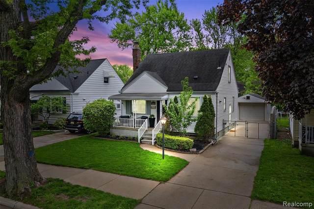 2104 Harwood Ave, Royal Oak, MI 48067 (MLS #R2200036528) :: Berkshire Hathaway HomeServices Snyder & Company, Realtors®