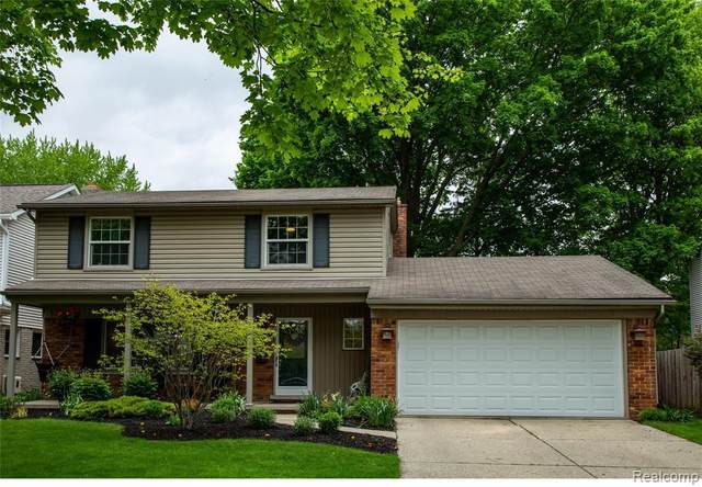 34926 Wood St, Livonia, MI 48154 (MLS #R2200037165) :: Berkshire Hathaway HomeServices Snyder & Company, Realtors®