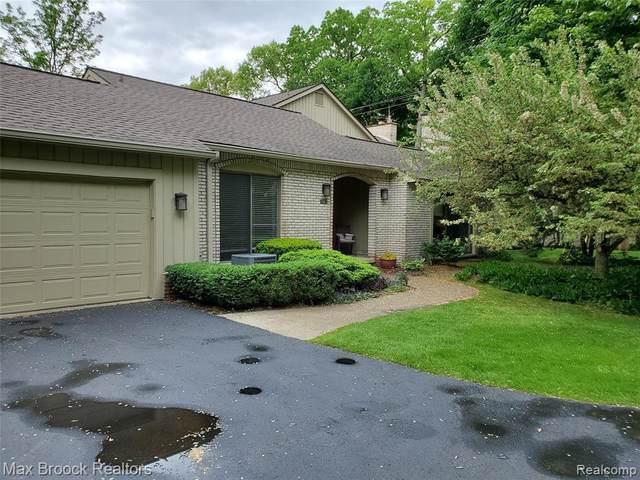 1483 Ravineview Crt, Bloomfield Hills, MI 48304 (MLS #R2200037237) :: Berkshire Hathaway HomeServices Snyder & Company, Realtors®