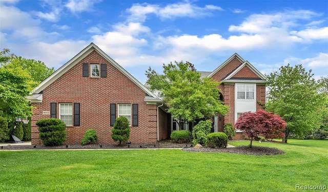 9005 Lantree Dr, Howell, MI 48855 (MLS #R2200037257) :: Berkshire Hathaway HomeServices Snyder & Company, Realtors®