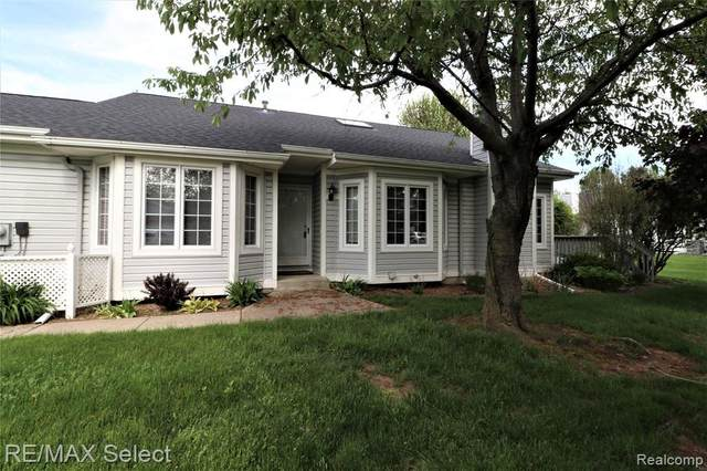 6280 Squire Lake Dr, Flushing, MI 48433 (MLS #R2200037536) :: Berkshire Hathaway HomeServices Snyder & Company, Realtors®