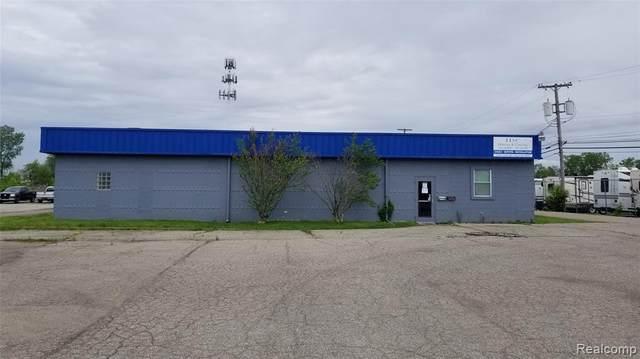 12737 Inkster Rd, Livonia, MI 48150 (MLS #R2200038015) :: Berkshire Hathaway HomeServices Snyder & Company, Realtors®