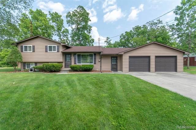 6576 Linden Rd, Fenton, MI 48430 (MLS #R2200038154) :: Berkshire Hathaway HomeServices Snyder & Company, Realtors®