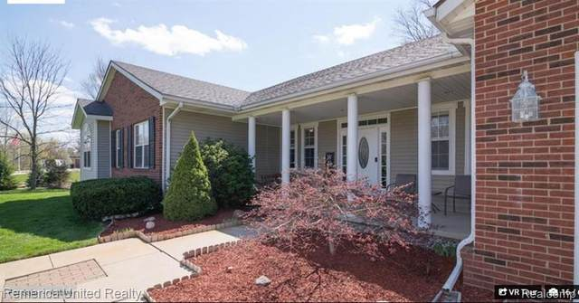 28795 Hovey Ln, New Hudson, MI 48165 (MLS #R2200038176) :: Berkshire Hathaway HomeServices Snyder & Company, Realtors®