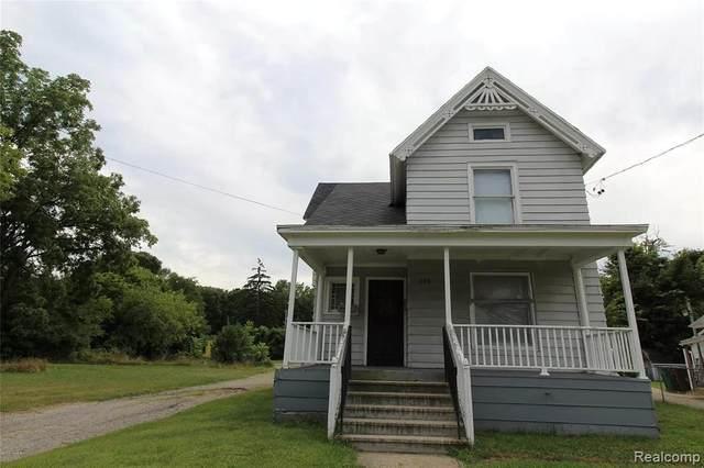215 Upton Ave, Battle Creek, MI 49037 (MLS #R2200038188) :: Berkshire Hathaway HomeServices Snyder & Company, Realtors®