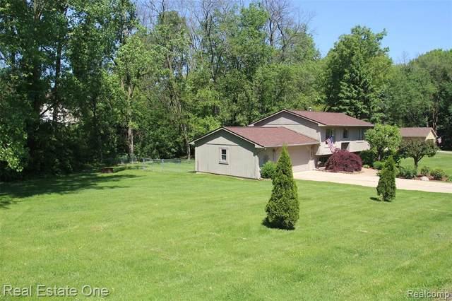3365 Ridge Rd, Highland, MI 48356 (MLS #R2200039108) :: Berkshire Hathaway HomeServices Snyder & Company, Realtors®