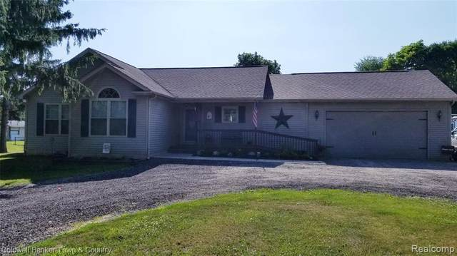 1550 Autumn View Ln, Howell, MI 48843 (MLS #R2200051652) :: Berkshire Hathaway HomeServices Snyder & Company, Realtors®