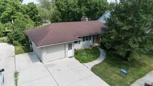 591 Ann Arbor St S, Saline, MI 48176 (MLS #R2200052486) :: Berkshire Hathaway HomeServices Snyder & Company, Realtors®