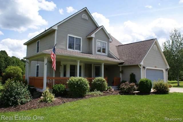 4465 Mitchell Bnd, Metamora, MI 48455 (MLS #R2200059512) :: Berkshire Hathaway HomeServices Snyder & Company, Realtors®