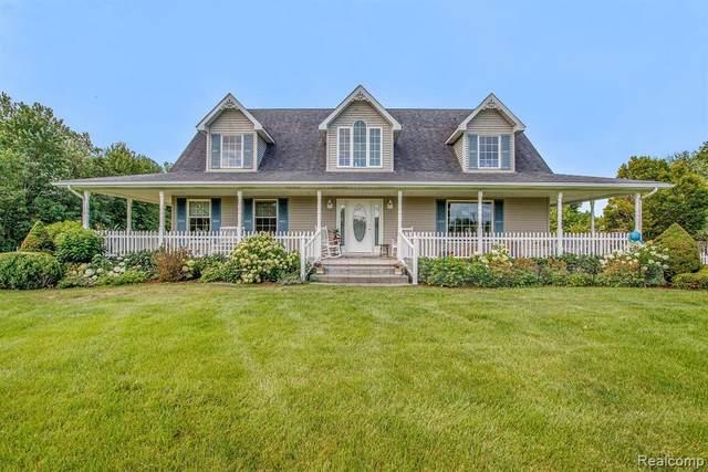 6211 Markel Rd, Marine City, MI 48039 (MLS #R2200061765) :: Berkshire Hathaway HomeServices Snyder & Company, Realtors®