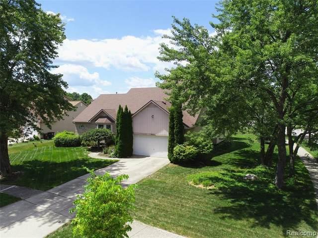 3095 Idlewild Crt, Ann Arbor, MI 48105 (MLS #R2200061778) :: Berkshire Hathaway HomeServices Snyder & Company, Realtors®