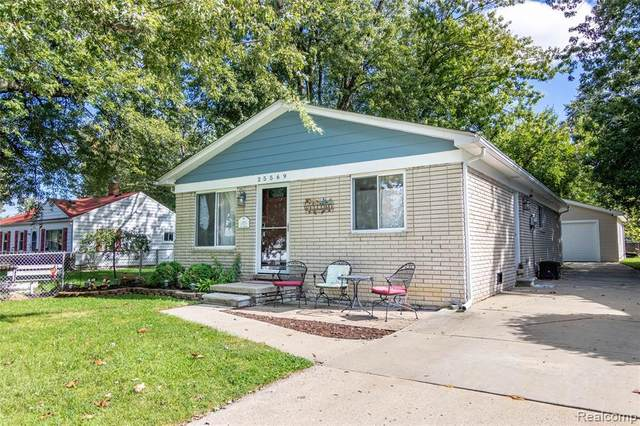 25569 Maywood St, Woodhaven, MI 48183 (MLS #R2200061854) :: Berkshire Hathaway HomeServices Snyder & Company, Realtors®