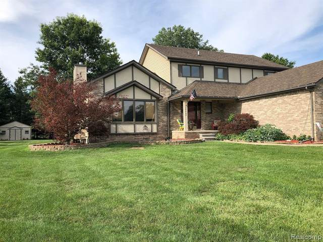 34460 Jesica Ln, New Boston, MI 48164 (MLS #R2200061878) :: Berkshire Hathaway HomeServices Snyder & Company, Realtors®