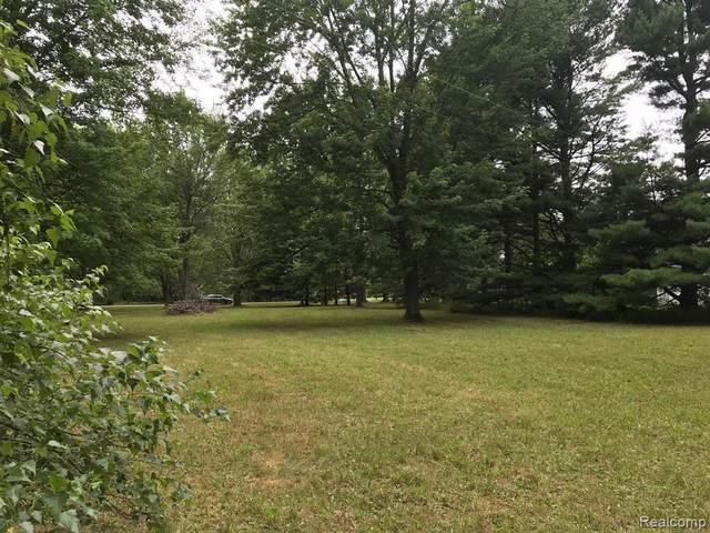 0 Wild River Dr Lot #16, Croswell, MI 48422 (MLS #R2200062195) :: Berkshire Hathaway HomeServices Snyder & Company, Realtors®